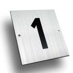 Número aluminio Mod. B - Número pisos aluminio plateado. Medida: 7,5x8 cm.