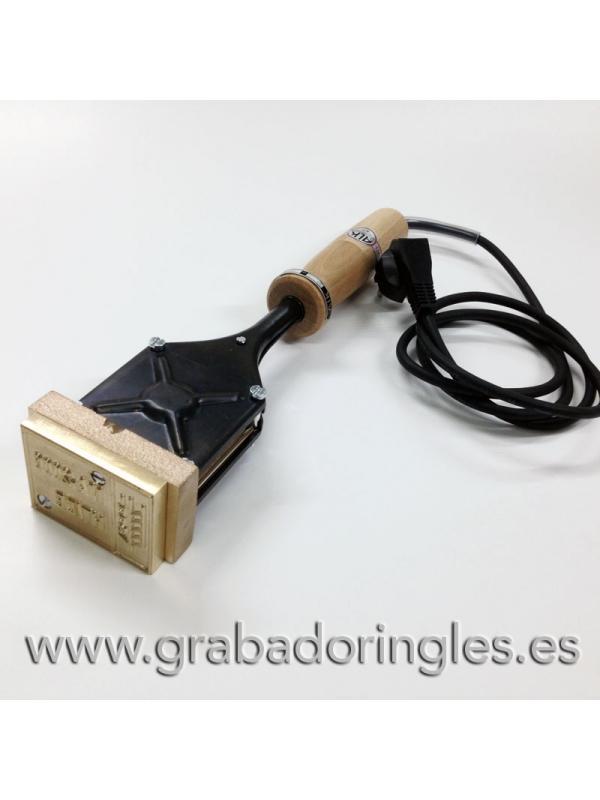 Sello fitosanitario IPPC NIMF 15 con termograbador 400W - Sello IPPC según norma NIMF 15 para embalajes de madera con termograbador de 400W.  El tamaños del sello para madera es de 80x40 mm. El grabado del sello para embalajes de madera se hace sobre una base de metal que transfiere el calor fácilmente. Los precios indicados incluyen el termograbador y el sello grabado.